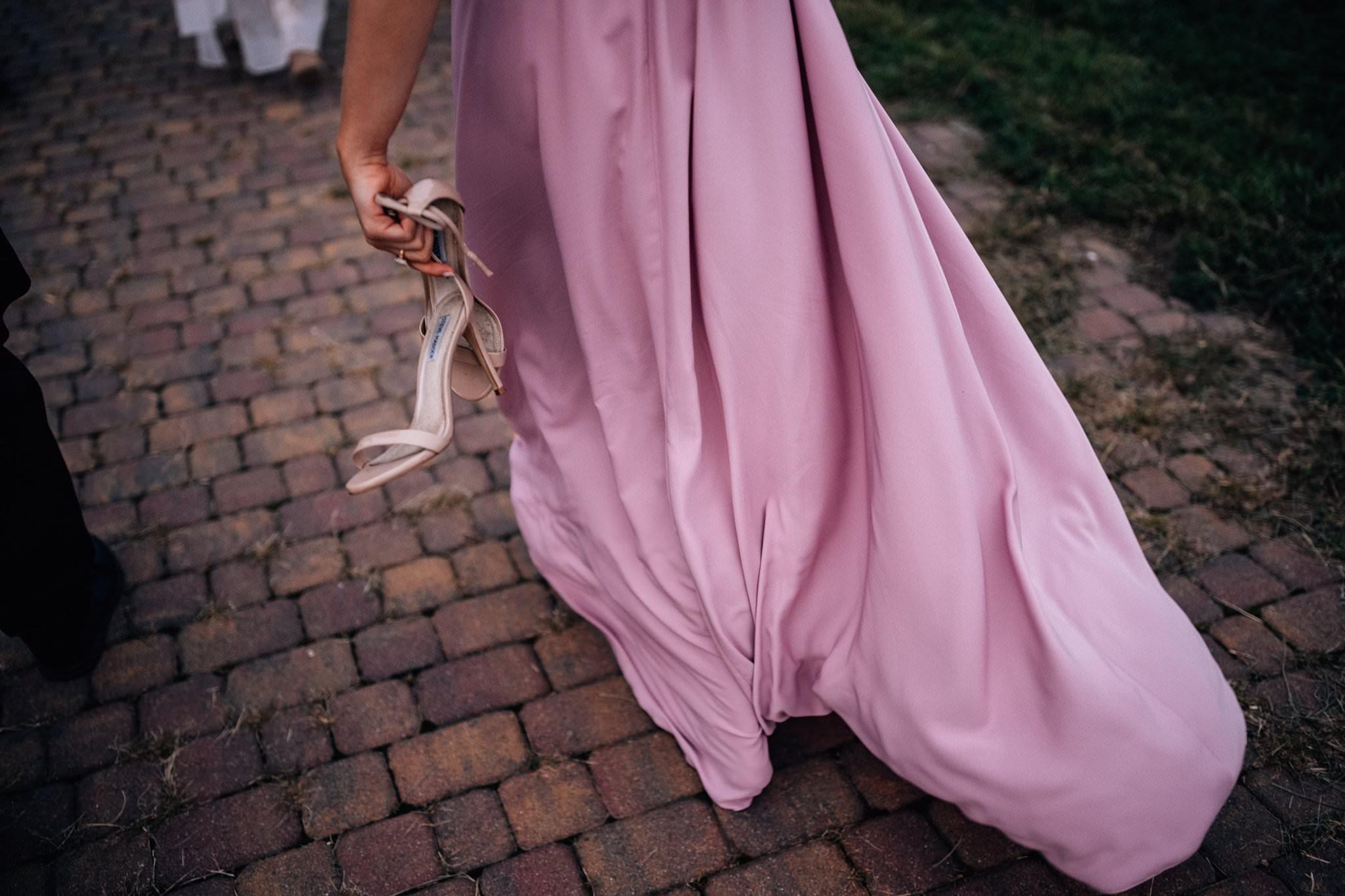 Love Needs suknia druhny na ślubie