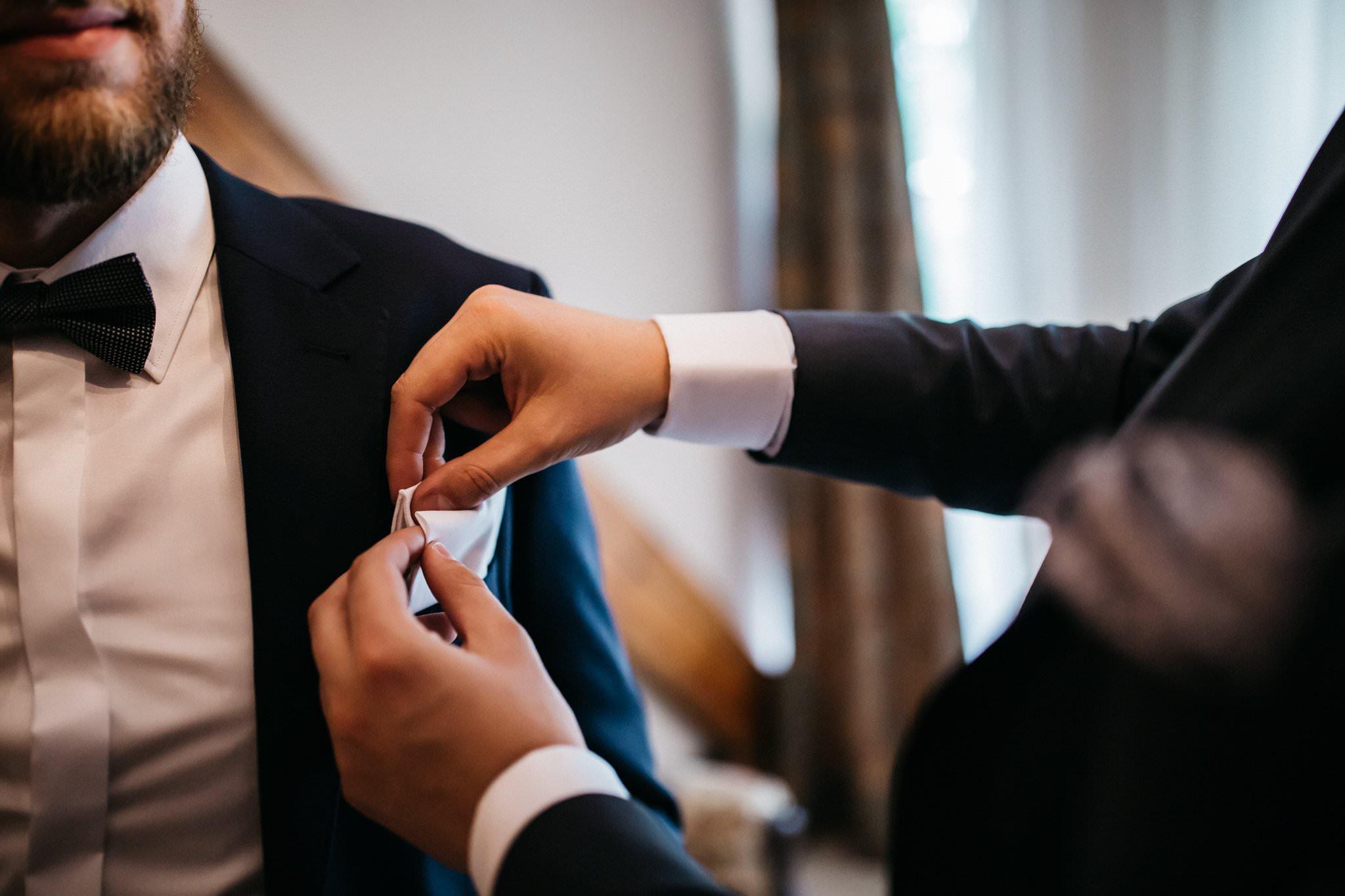 Fotografia ślubna Przygotowania Pana Młodego