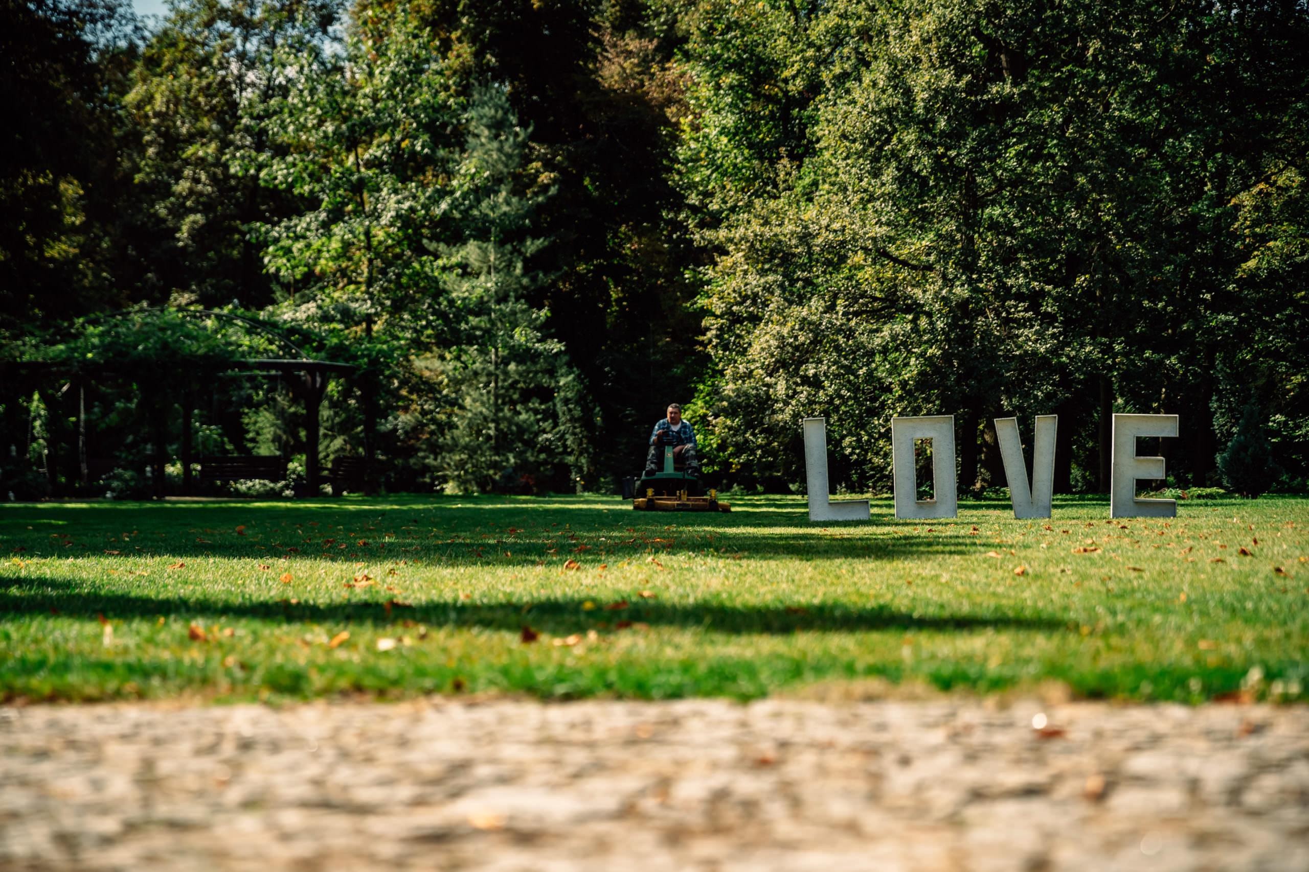 Pałac Szczepowice ogród