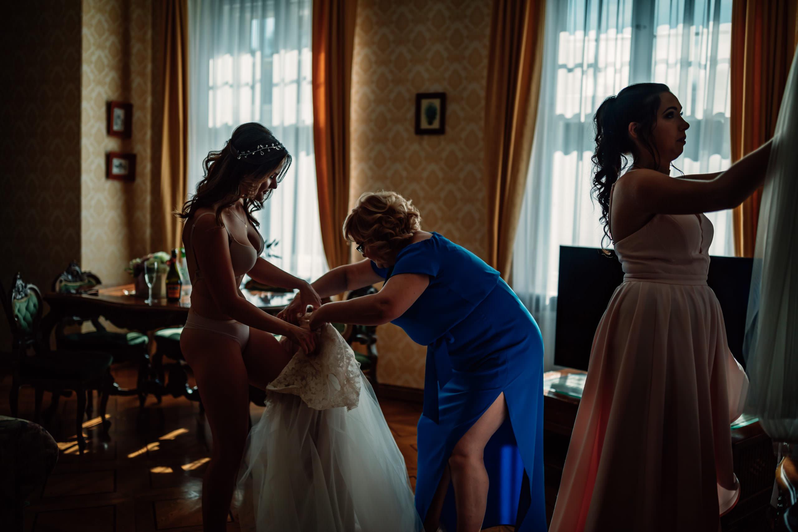 Przygotowania suknia Place For Dress