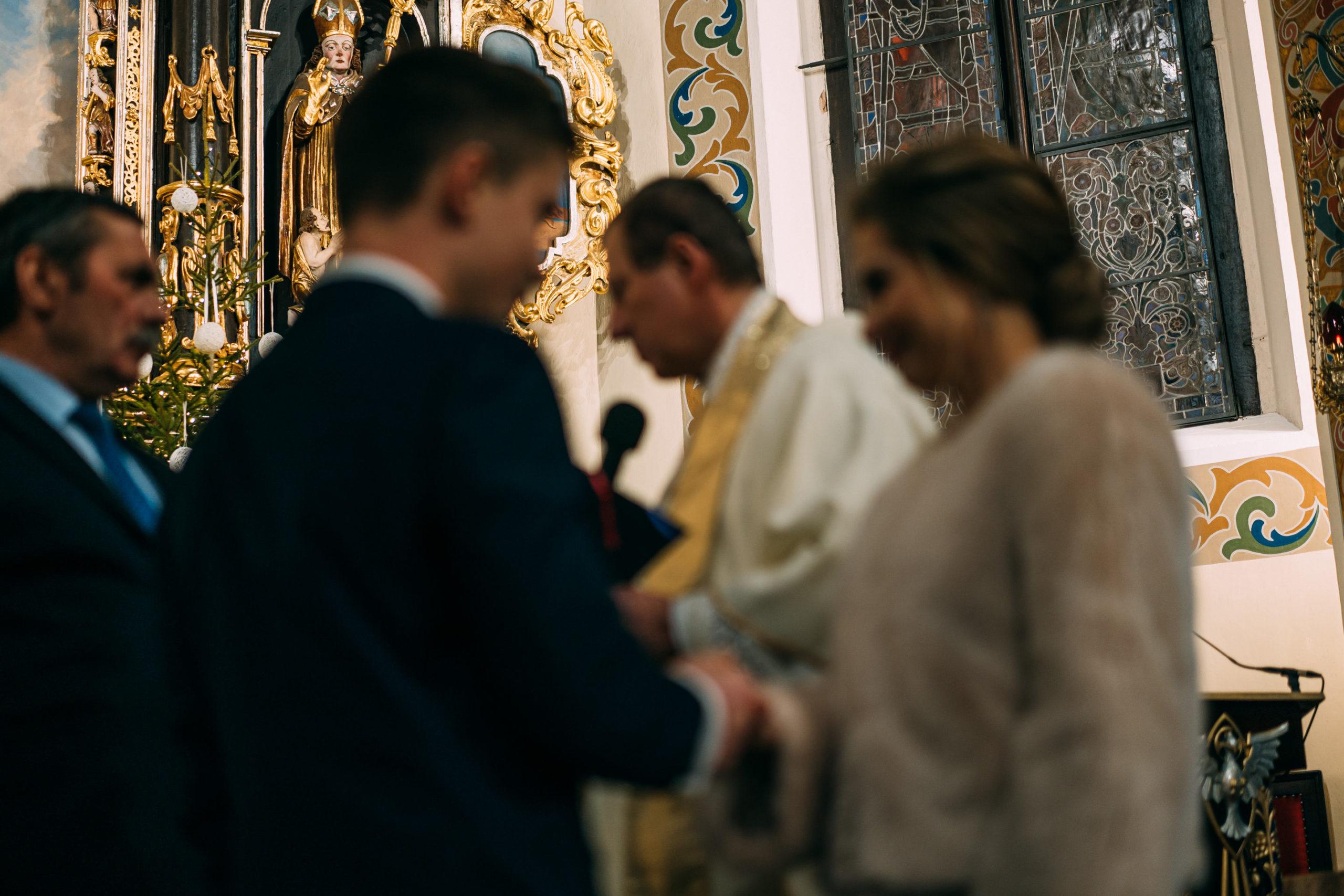 Przed przysięgą ślubną kościół Miłosław